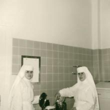 Im Operationssaal (etwa 1965)